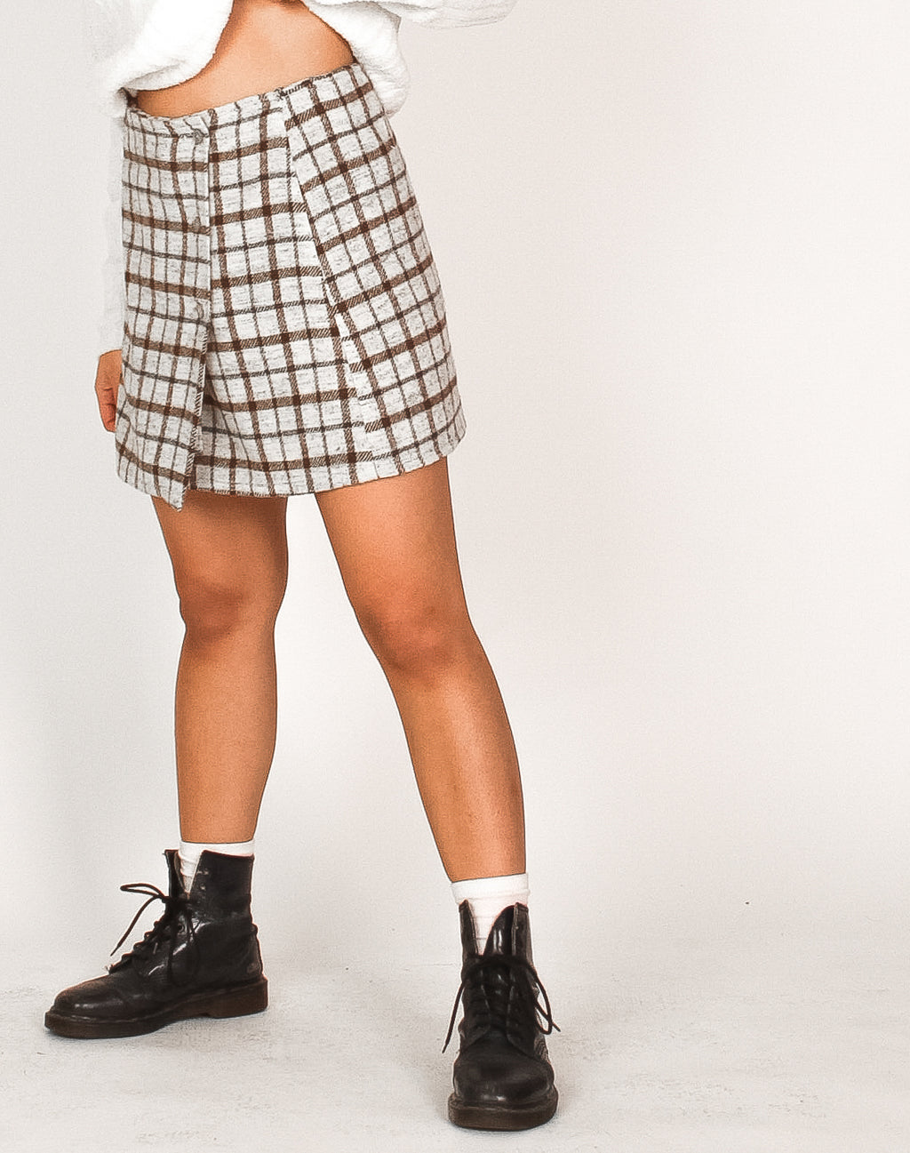 WHITE TARTAN MINI SKIRT