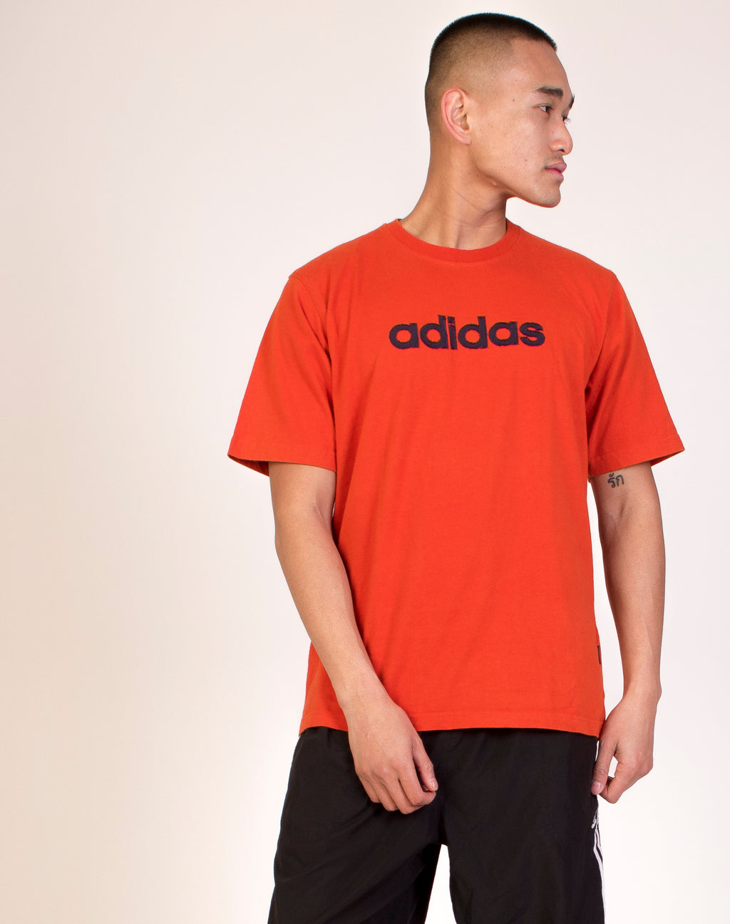 ADIDAS ORANGE LOGO T-SHIRT