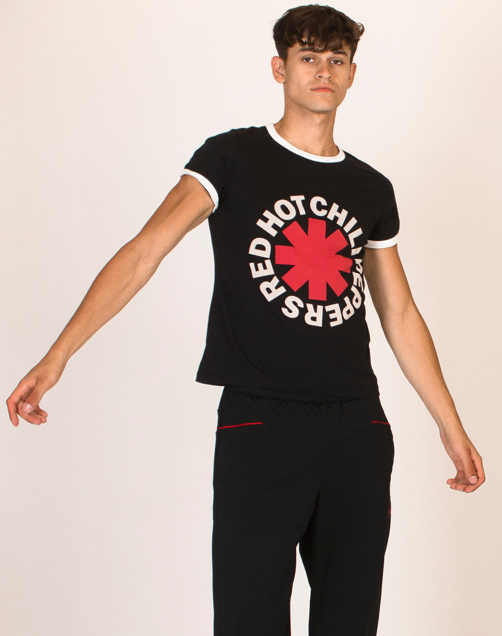 RED HOT CHILLI PEPPERS RINGER TEE
