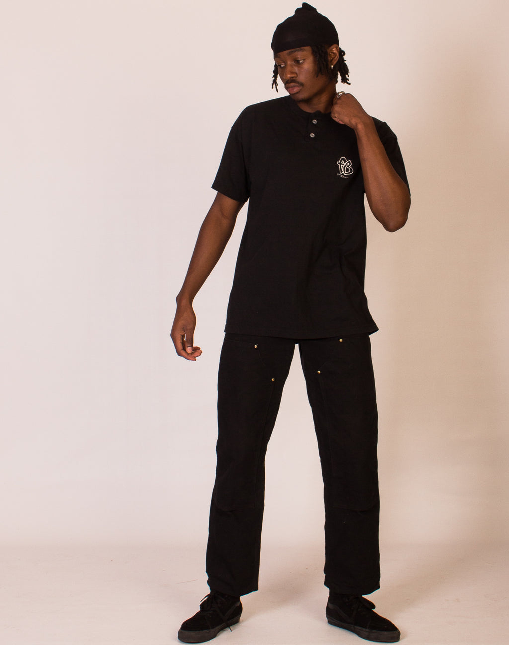 FUBU BLACK BUTTON TEE