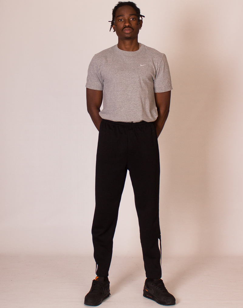 NIKE BLACK TAPERED JOGGERS