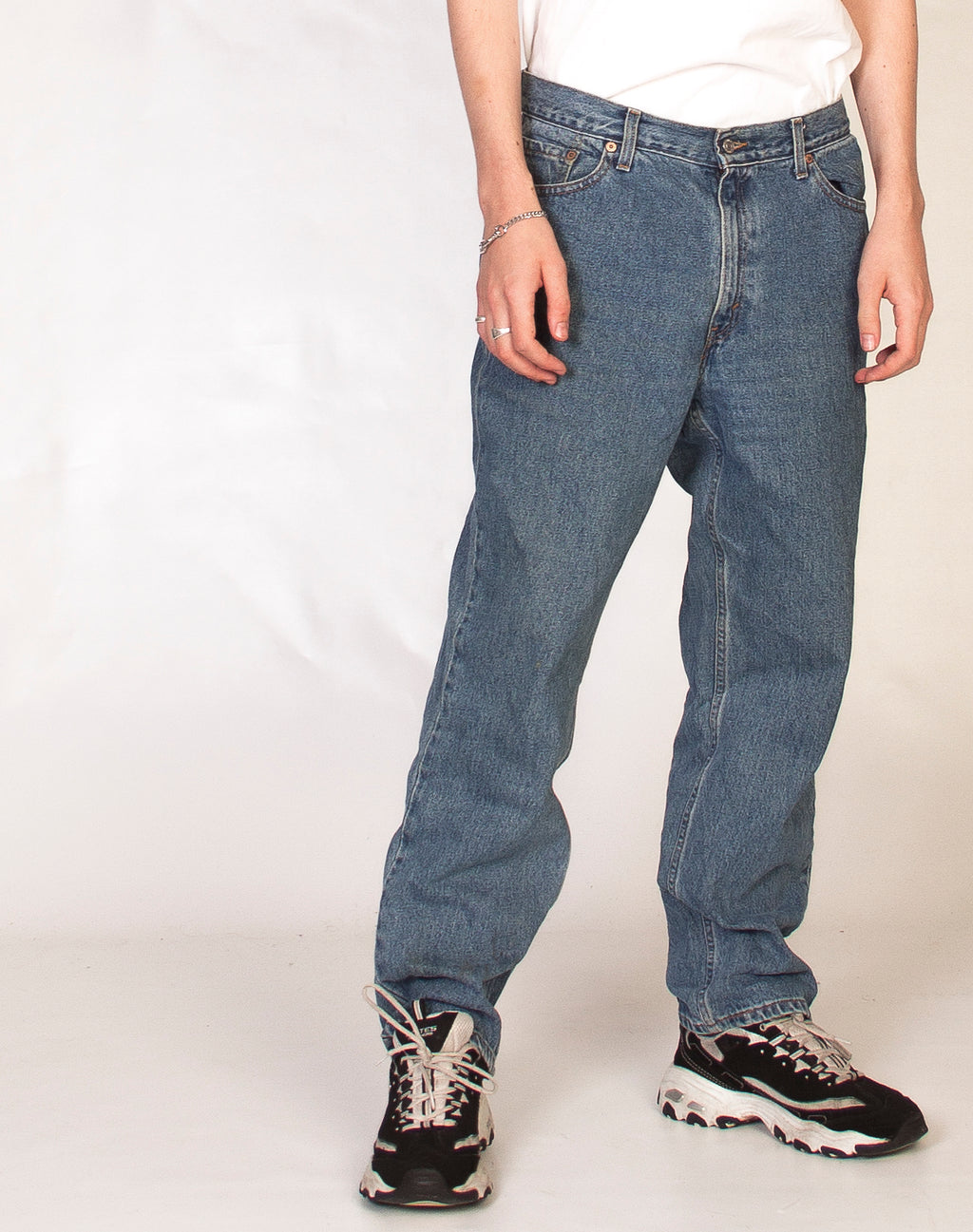 LEVI'S 512 RELAXED FIT JEANS