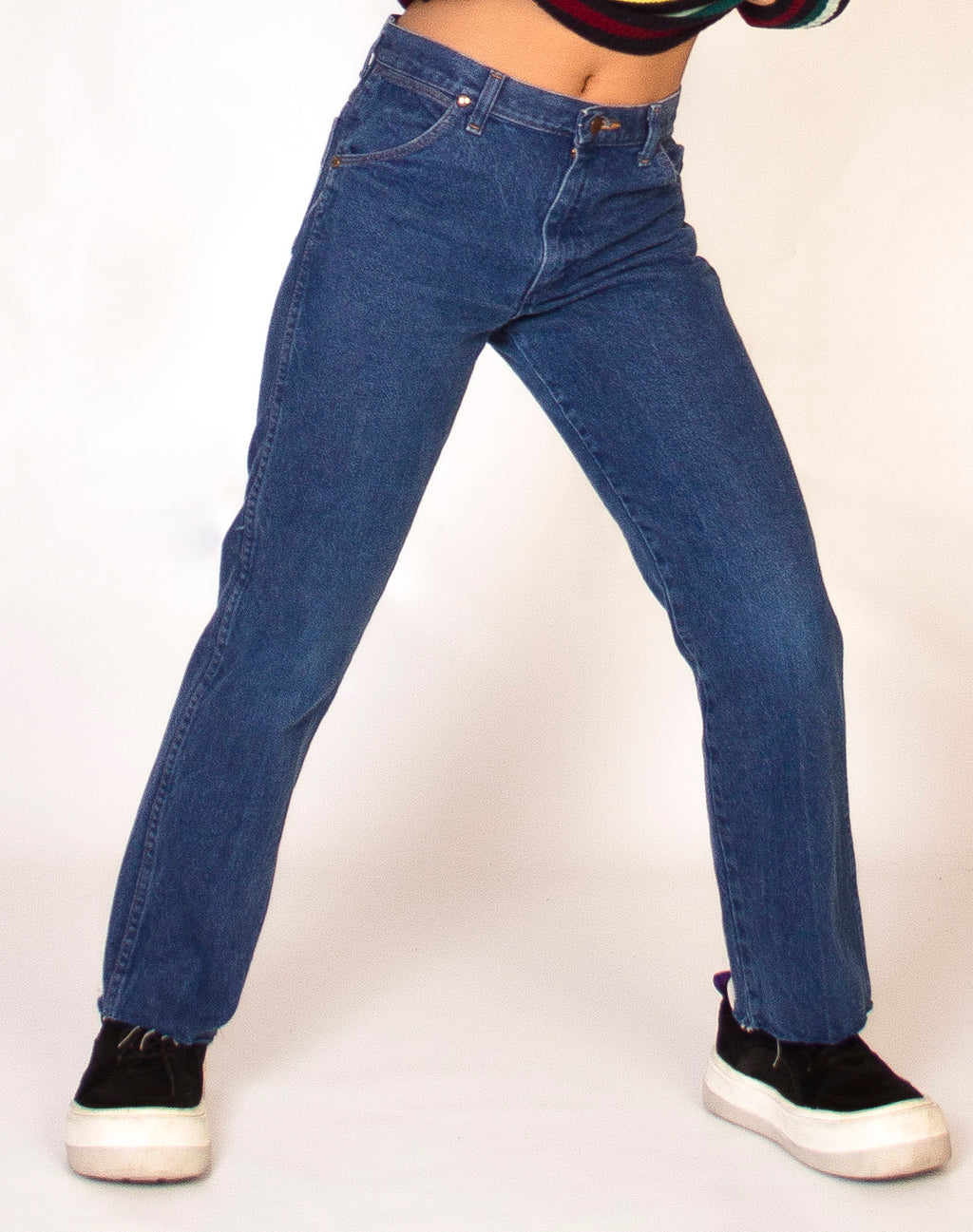 WRANGLER MID WASH DENIM JEANS