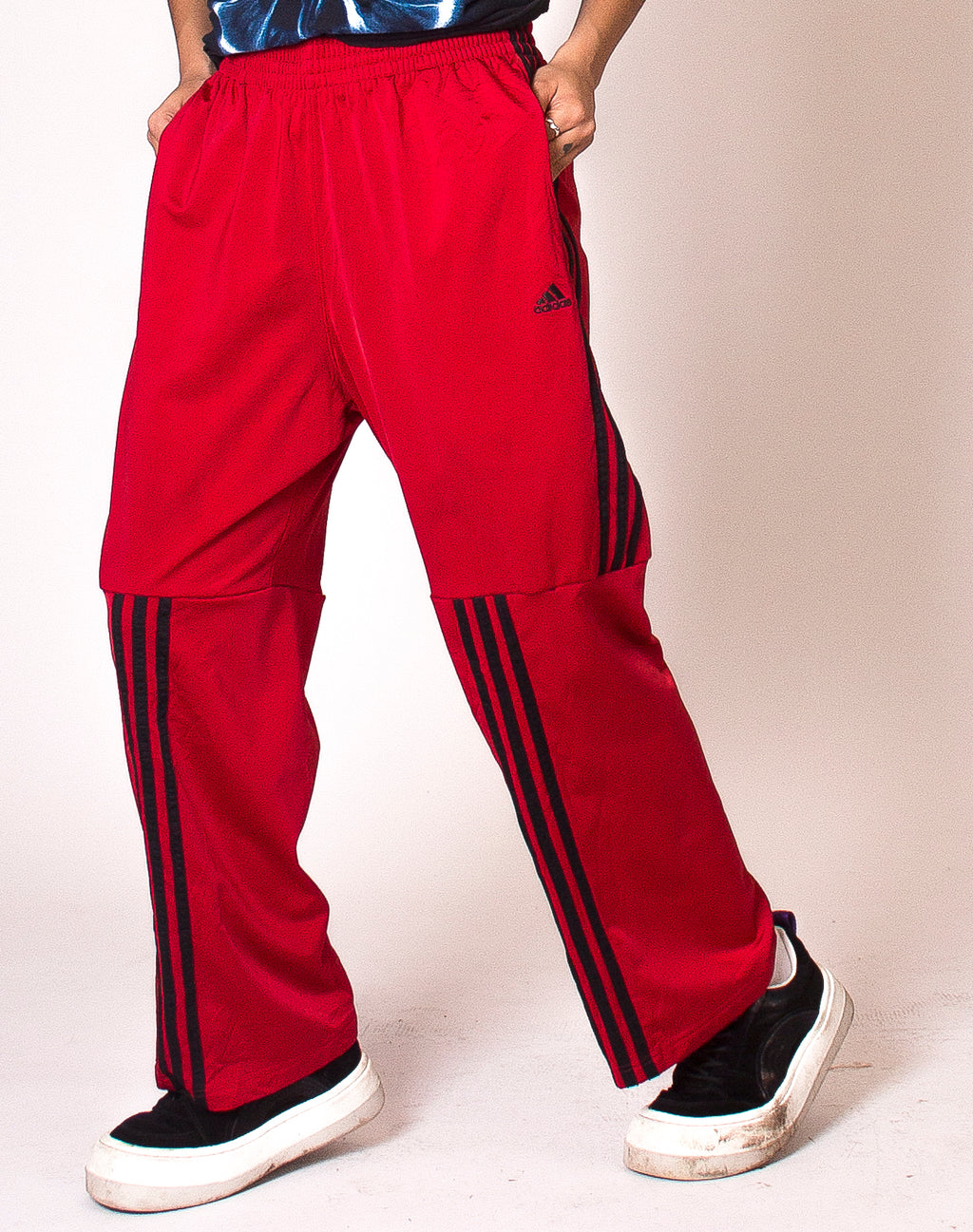ADIDAS RED TWISTED TRACKIES