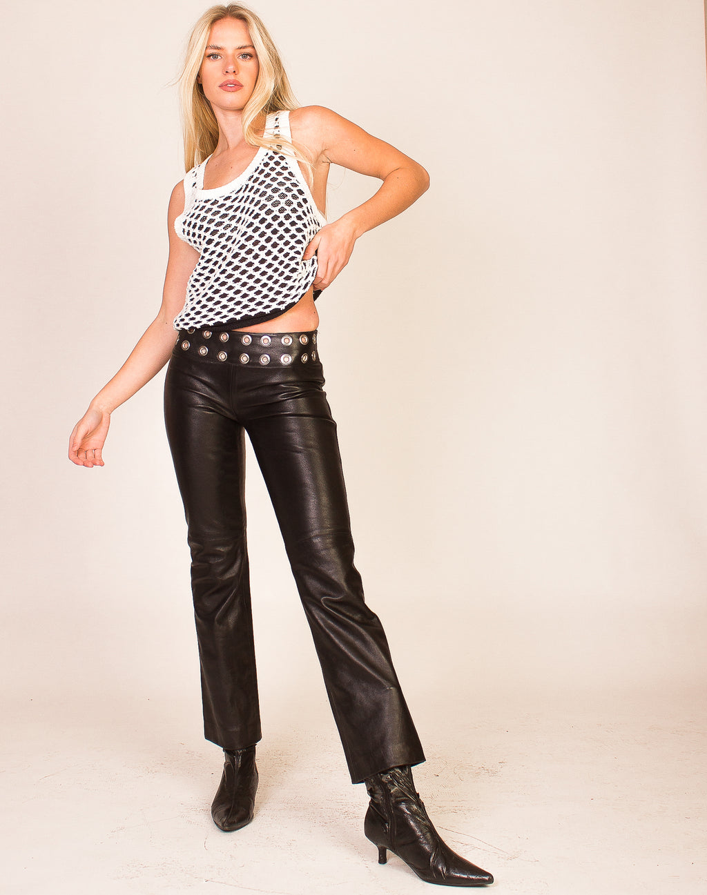 BLACK LEATHER LOW-RISE TROUSERS