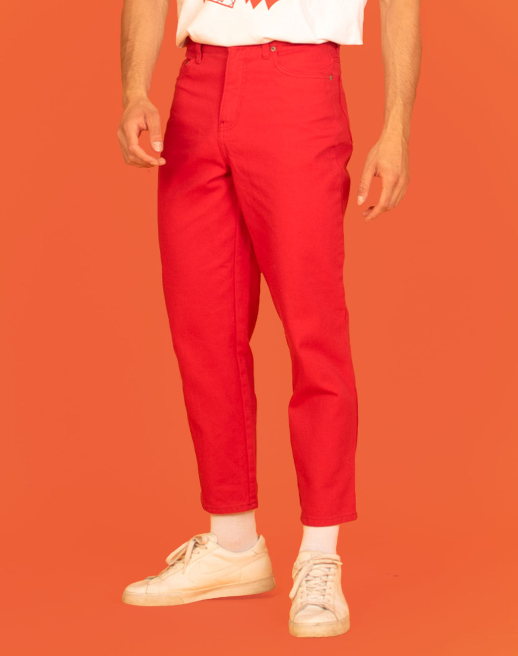 RED TAPERED JEANS