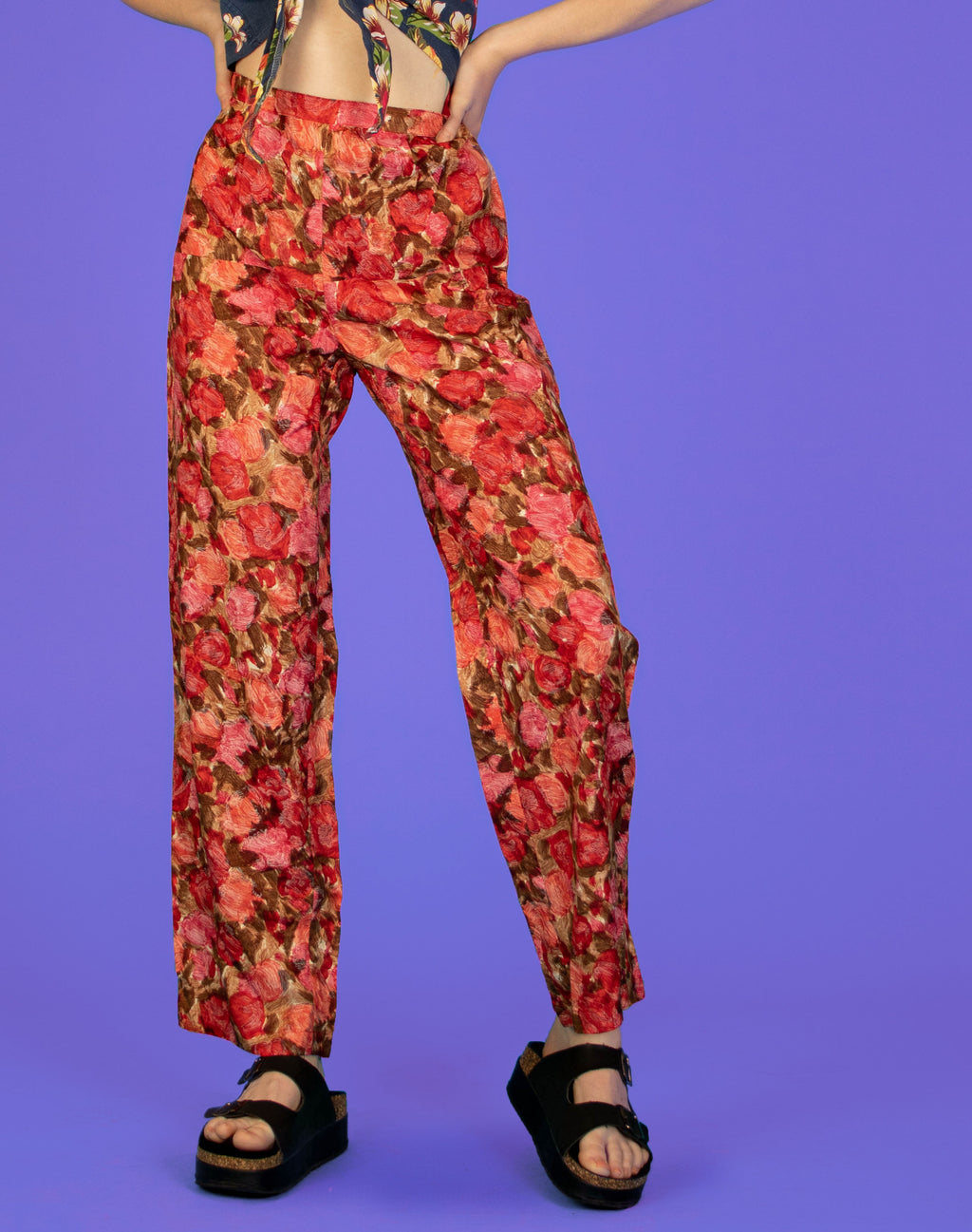 RED FLORAL SATIN TROUSERS
