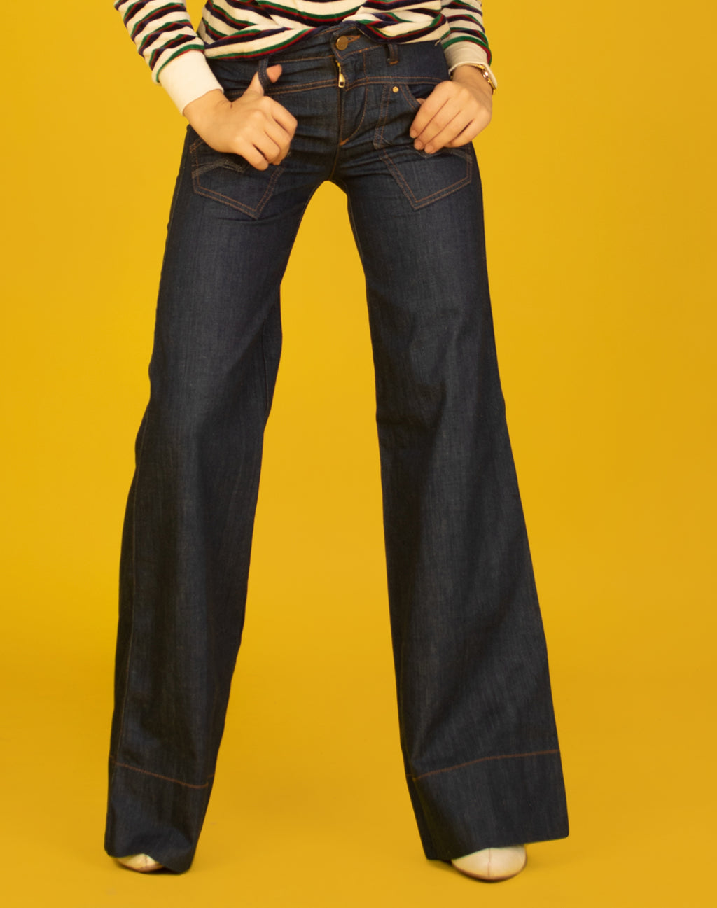 GUESS WIDE LEG JEANS