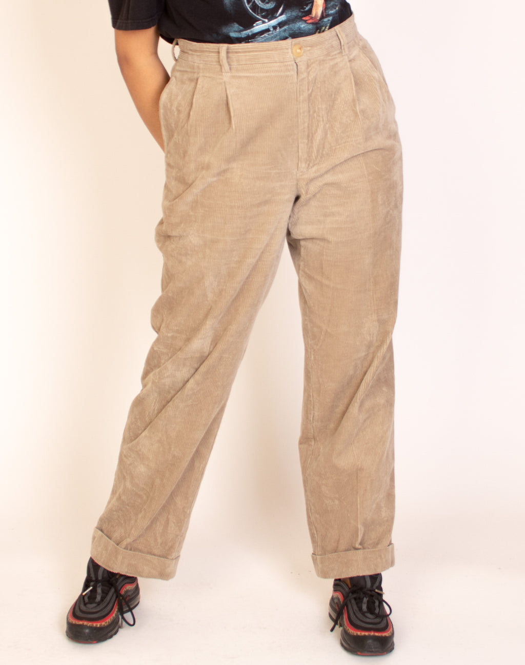HIGH WAIST SAND CORDUROY TROUSERS