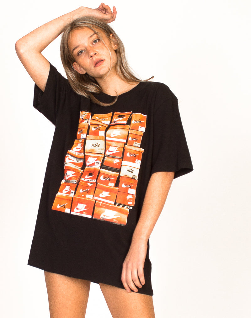 NIKE SHOEBOX GRAPHIC T-SHIRT