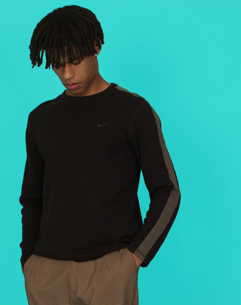 NIKE REVERSIBLE LONG SLEEVE TEE