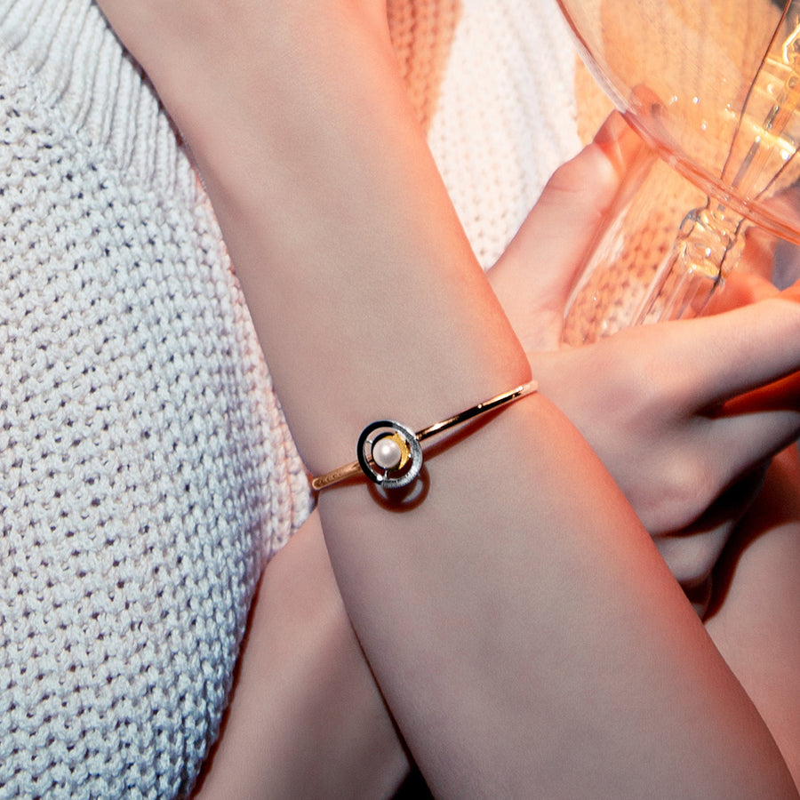 Be Signature Spinning Cuff Bangle