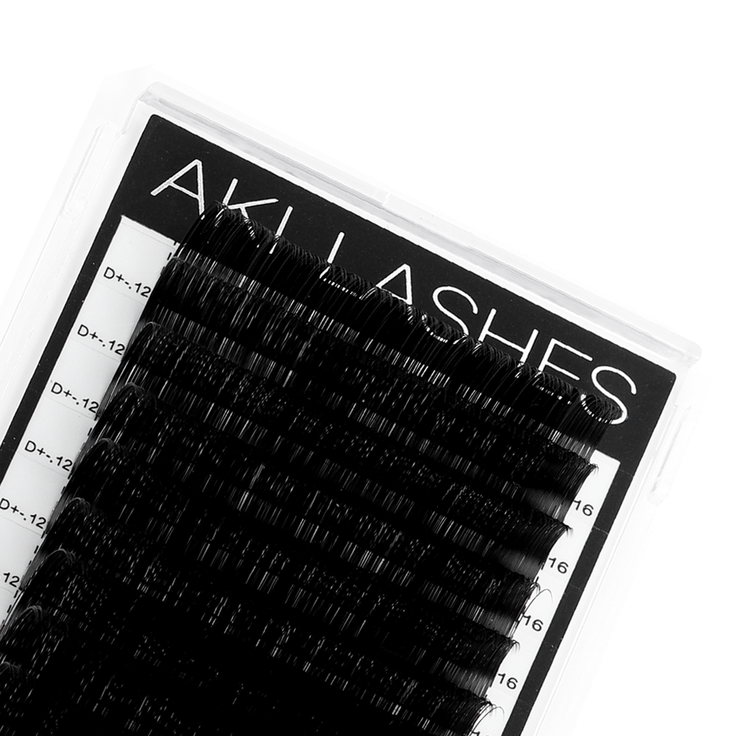 .12 Classic Lashes Single Length - Aki Lashes
