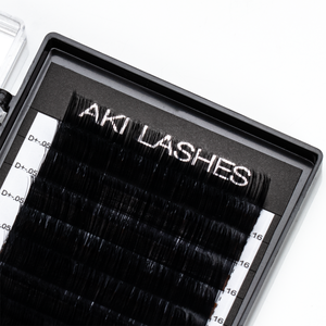 .05 Volume Lashes Single Length - Aki Lashes