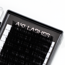 Load image into Gallery viewer, 0.15 Classic Lashes Single Length - Aki Lashes