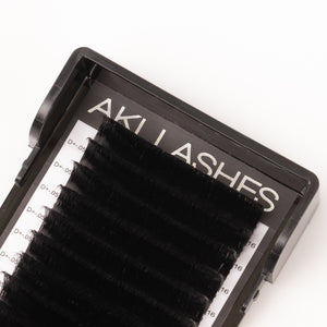 Smart Russian 0.05 Mixed Volume Lashes - Aki Lashes