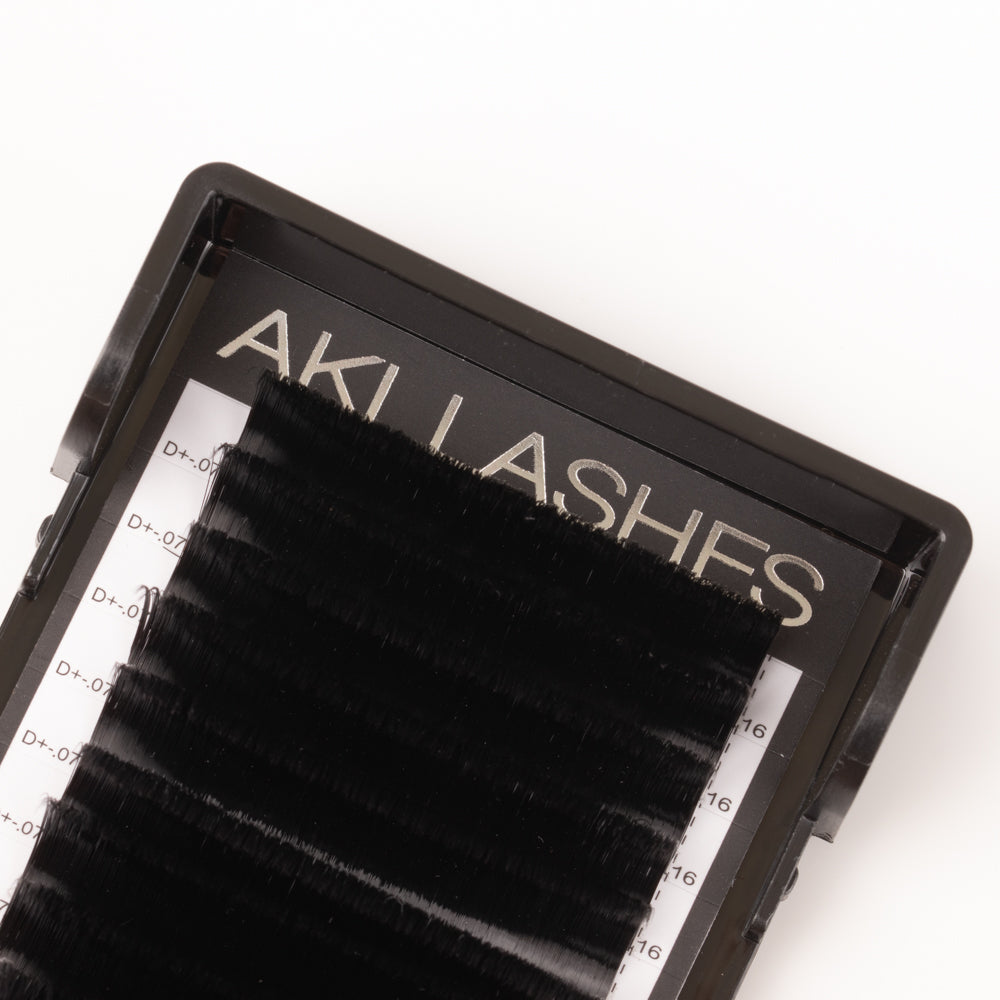 Smart Russian 0.07 Mixed Volume Lashes - Aki Lashes