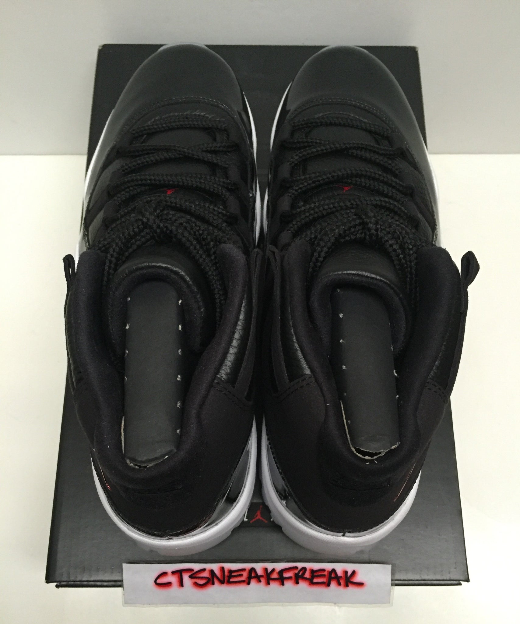 save off 8cde4 ef152 ... Load image into Gallery viewer, Nike Air Jordan 11 Retro 72-10 378037-  ...