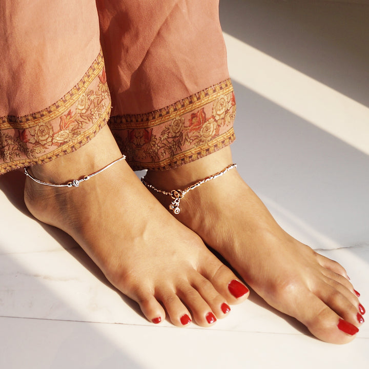The Dual Styled Peanut Beaded Anklet (Single/Pair)