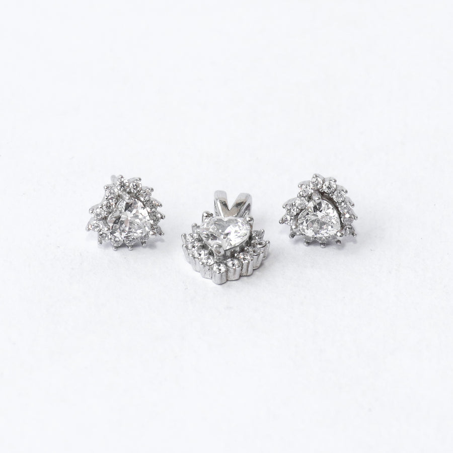 Cz Blooming Heart Pendant Set