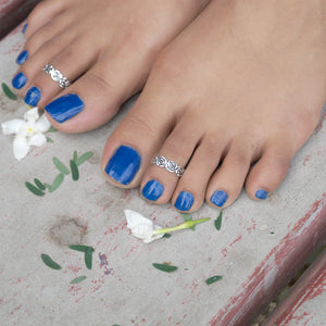 Tiara of Roses Toe Rings