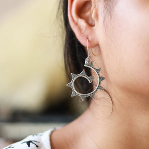 The Mountain Curve Earrings