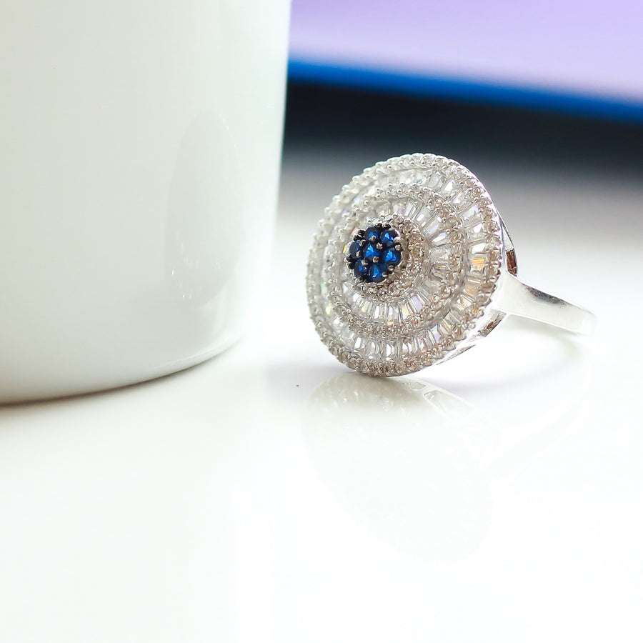 The Sapphire-Emerald Queen Ring
