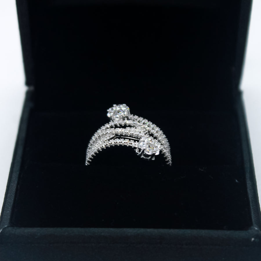 The Splendid Cz Flower Peak Spiral Ring