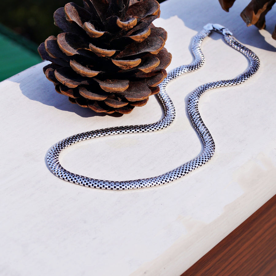 4mm Mesh Chain (18 Inches)
