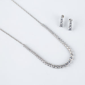 The Ascending Solitaire Necklace