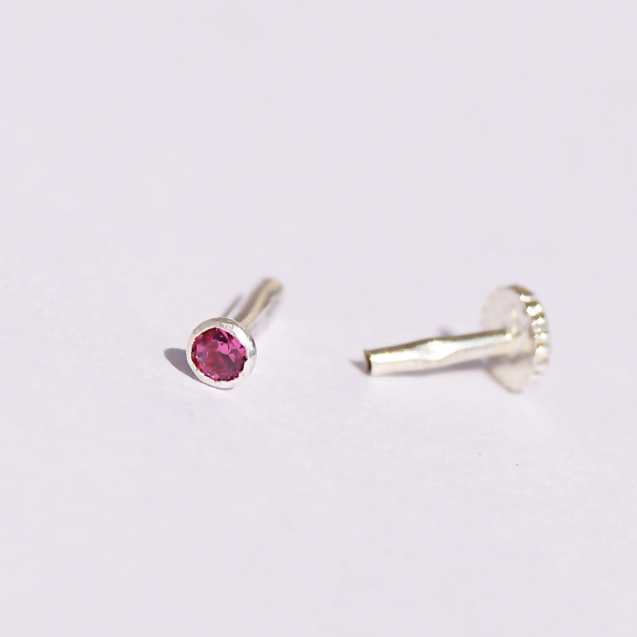 The Ruby Solitaire Nosepin (2mm, 2.5mm) (Pushback)