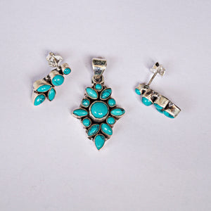 The Bunch of Turquoise Pendant Set