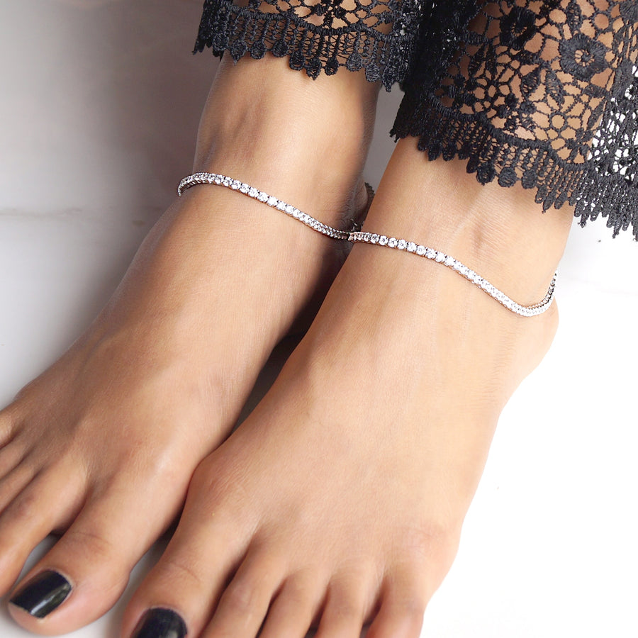 Linear Look Solitaire Anklet (2mm) (Pair)