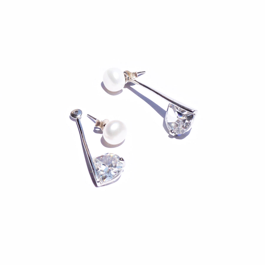 The Transformable Pearl Dangling Stud Set