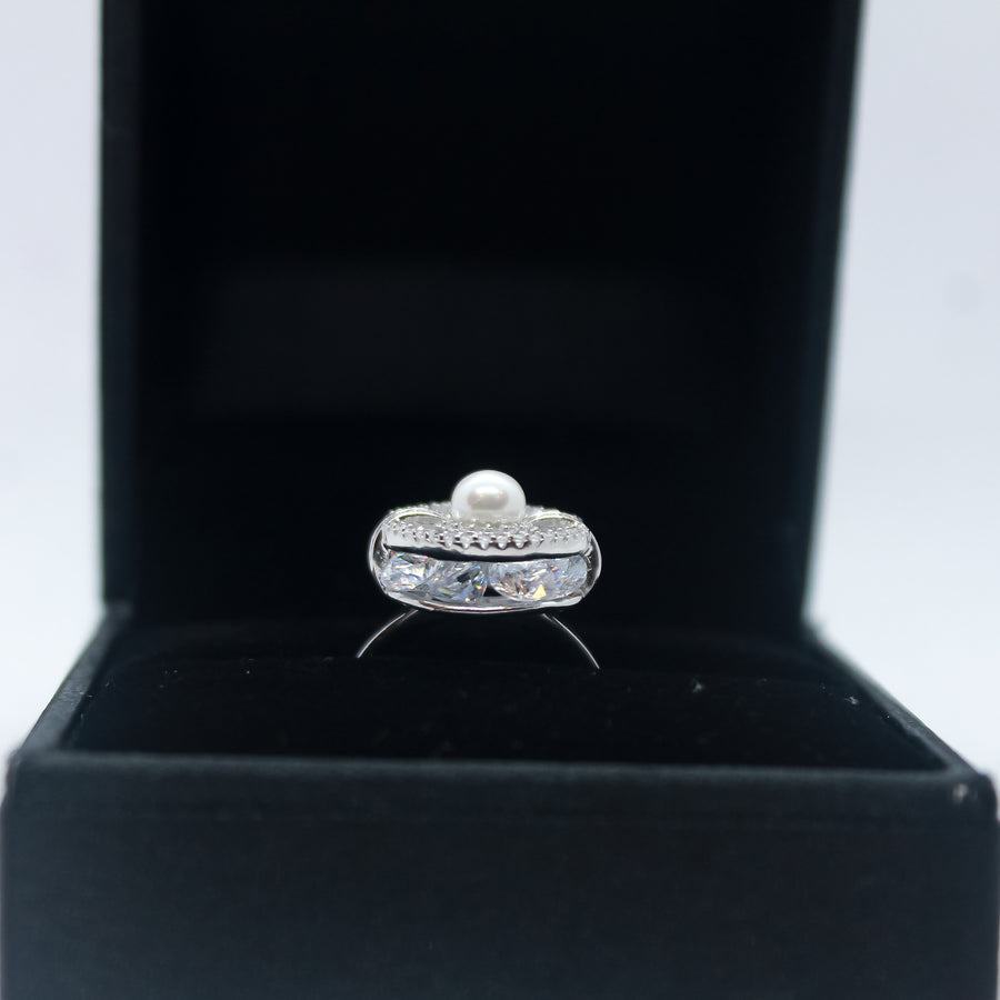 The Dancing Diamond Dome Ring