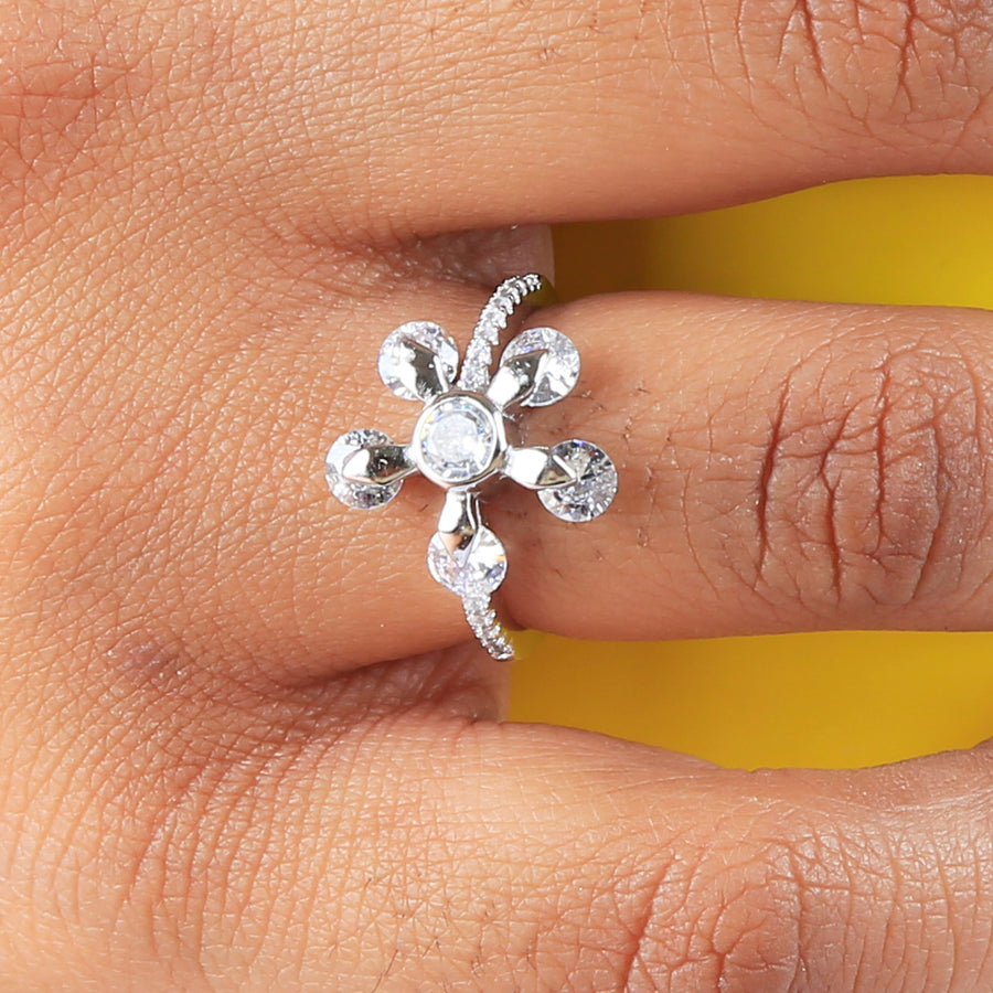 The Dancing Diamond Lily Ring