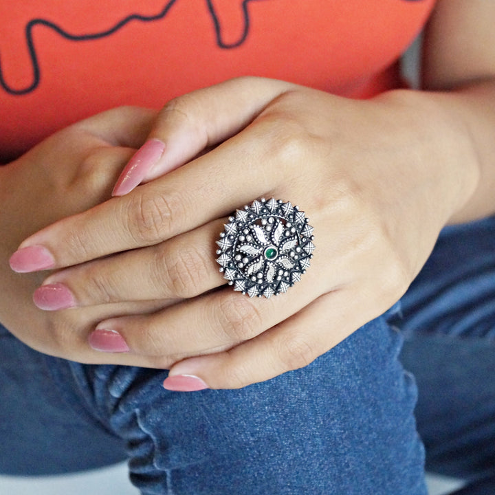 The Rangoli Nakkashi Emerald Ring