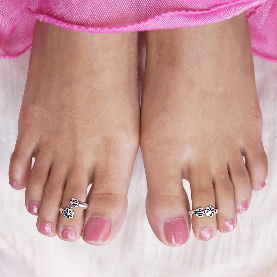 The Godawari Flower and Butterfly Toe Rings