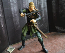 Load image into Gallery viewer, Exclusive The Lord of Rings - Legolas with Sword Action Figures