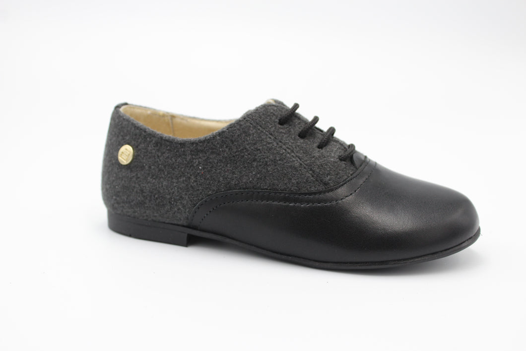 Andanines Black Leather Grey Wool Lace Up Dress Shoe 201732