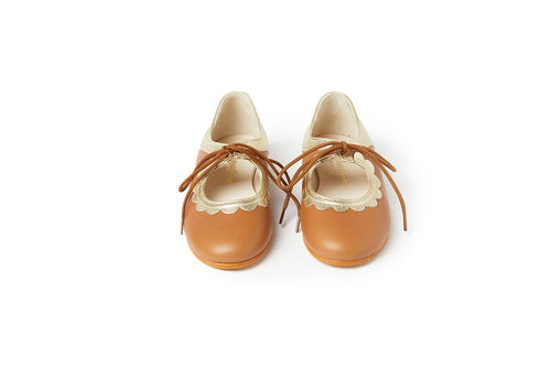 Sonatina Livey Cognac & Gold Bow Mary Jane