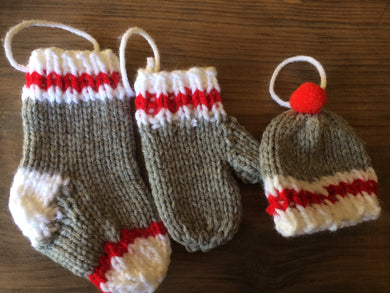 Nan's knitted socks, hats and mitts ORNAMENTS