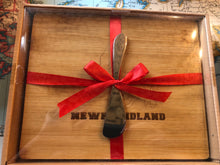 Load image into Gallery viewer, Newfoundland Bamboo Cheeseboard