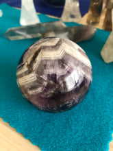 Load image into Gallery viewer, 66 mm Chevron Amethyst third Eye Chakra Sphere SA7 - The7directions