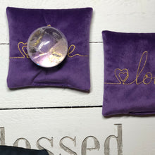 Load image into Gallery viewer, Intention pillow - Love -  write your intention - The7directions