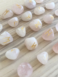 Rose quartz Rune Set - The7directions