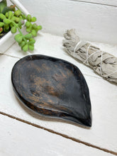 Load image into Gallery viewer, Tiger eye leaf shaped charging plate bowl ZJ8