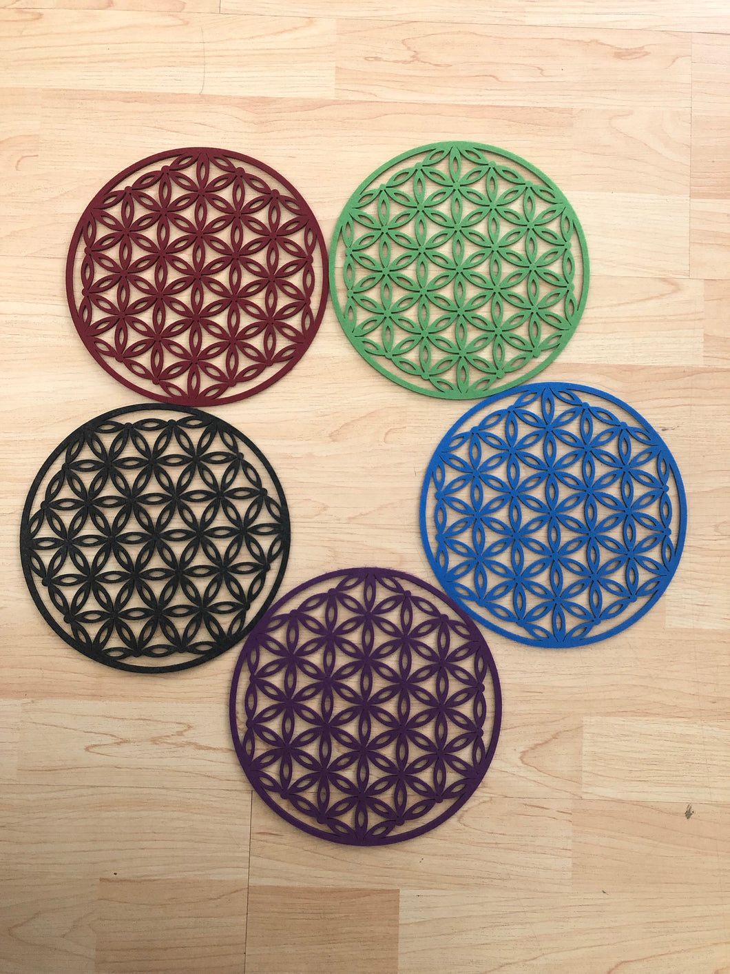 Set of 5 felt flower of life grid root chakra - The7directions