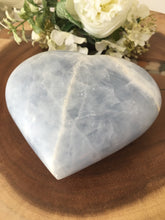 Load image into Gallery viewer, Large Blue Calcite Heart (Calming) SP1 - The7directions