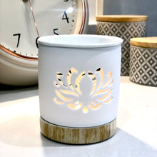 Load image into Gallery viewer, Lotus Flower White Cut Out Wax Melt Burner
